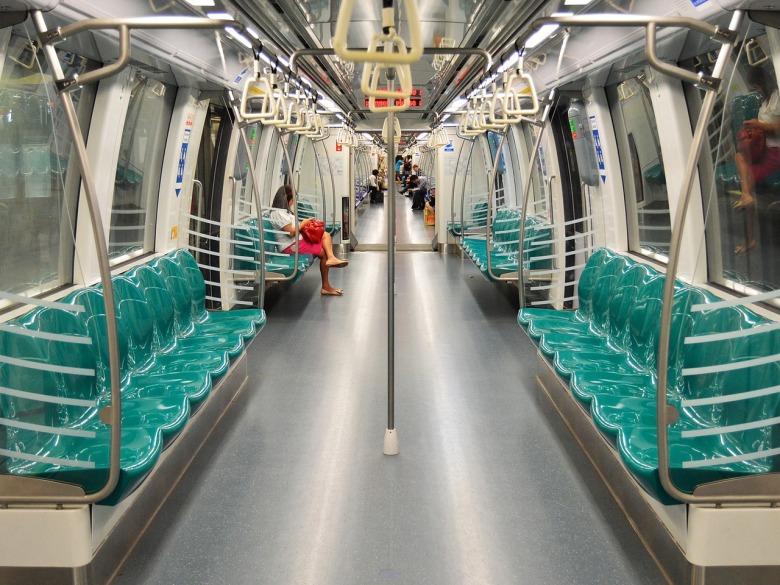 metro-892408_1280.jpg